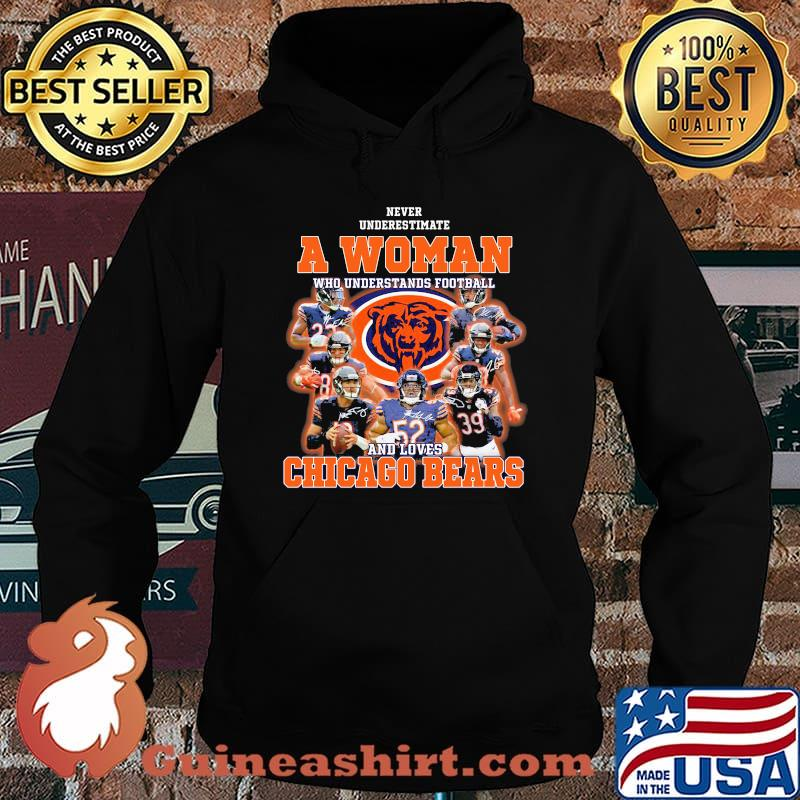 Never Underestimate An Old Man Who Understands Football Chicago Bears Signature Shirt Hoodie