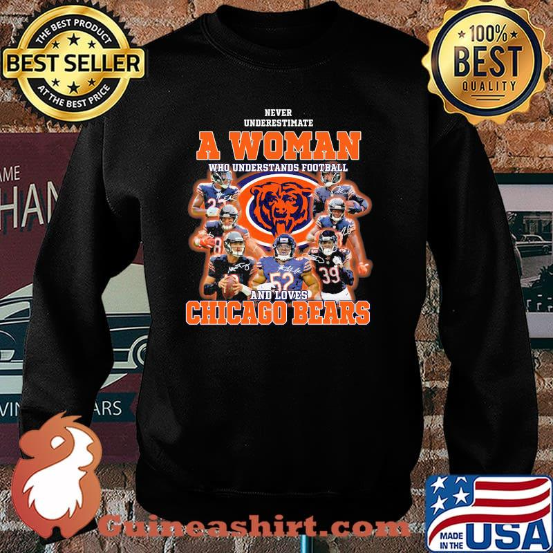 Never Underestimate An Old Man Who Understands Football Chicago Bears Signature Shirt Sweater